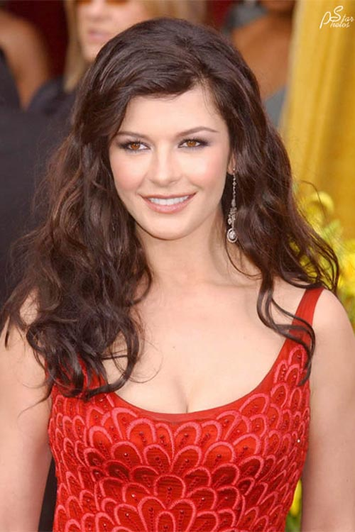 http://starphotos.narod.ru/Zeta-Jones/Z28.jpg